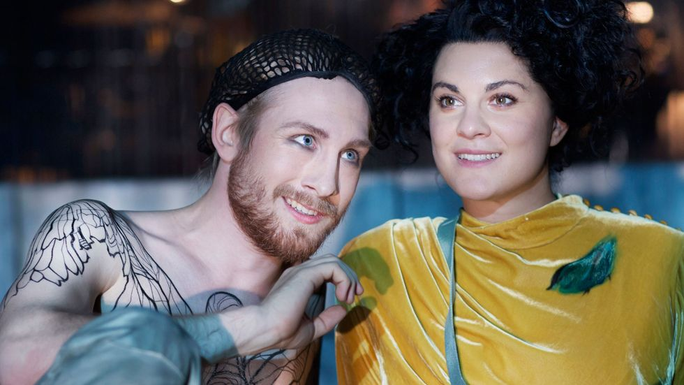 """Hannes Öberg och Desirée Baraula i """"Min bror är Don Juan""""."""