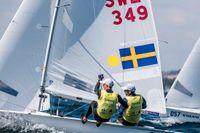 Fredrik Bergström och Anton Dahlberg har tappat i seglingens 470-VM. Arkivbild.