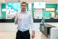 Dejan Kulusevski är klar för Juventus men kommer fortsätta att spela i Parma på lån säsongen ut.