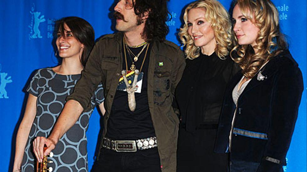 """Vicky McClure, Eugene Hutz, Madonna och Holly Weston på Berlins filmfestival för att prata om Madonnas film """"Filth and Wisdom""""."""
