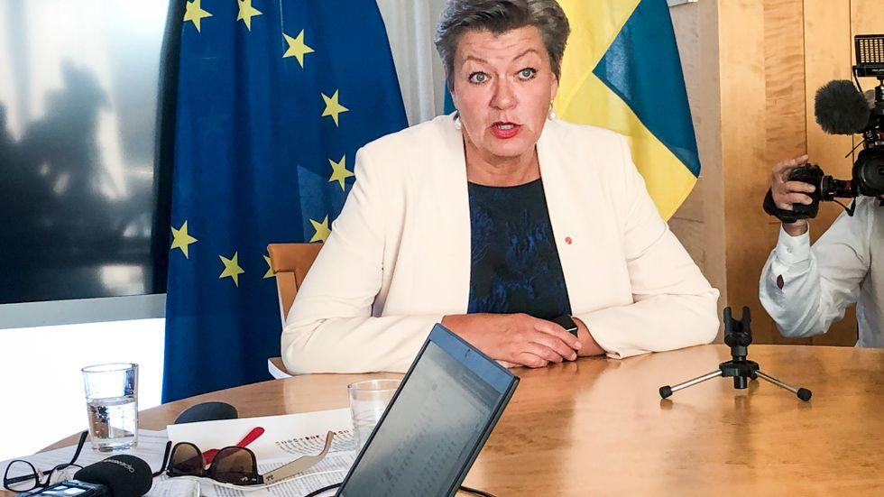 Tillträdande inrikeskommissionären Ylva Johansson håller pressträff i Bryssel.