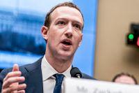 Facebooks vd Mark Zuckerberg är trött på att framstå som enbart ett sociala medie-företag.