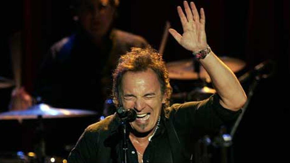 Bruce Springsteen vid en konsert den 7 maj i år på Count Basie Theatre i New Jersey, USA.