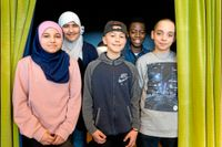 Malaak, Marwah, Georgie, Junior och Emin går i femman på Möllevångsskolan i Malmö som jobbar regelbundet med källkritik.