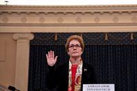 USA:s förra Ukrainaambassadör Marie Yovanovitch inför förhöret i representanthuset.