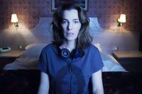 Ayelet Zurer som Alice.
