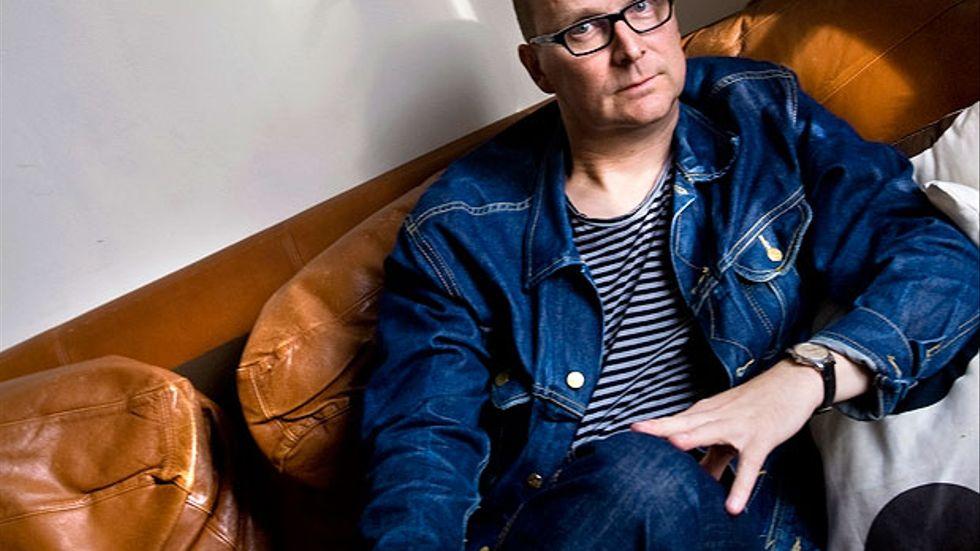 """Anders Sundin är frilansskribent och skriver regelbundet om sport i Aftonbladet och om kultur i Svenska Dagbladet. """"Kärlek i cancerns tid"""" är hans första bok."""