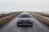 Upp till 90 km räckvidd med Volvos nya laddhybrider