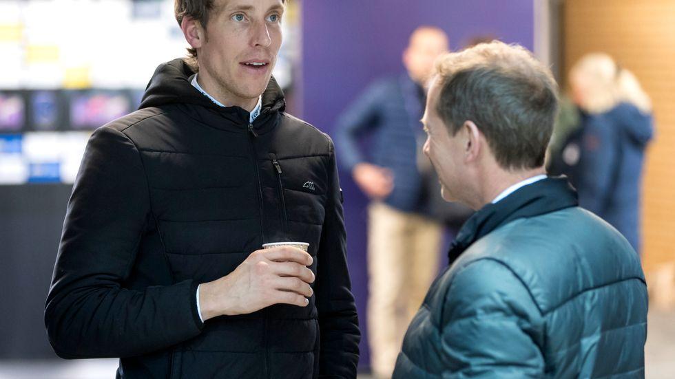 Henrik von Eckermann i samspråk med Rolf Göran Bengtsson. Arkivbild.