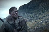 "Charlie Hunnam som Arthur i ""King Arthur: Legend of the sword""."