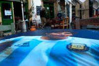 Flera razzior har genomförts efter Diego Maradonas död. Arkivbild.