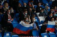 Ryska fotbollssupportrar. Arkivbild.