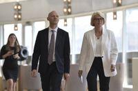 Moderaternas ekonomisk-politiska talesperson Elisabeth Svantesson och skattepolitiska talesperson Niklas Wykman håller pressträff för att presentera nya förslag mot välfärdsbrottsligheten.