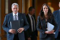 Utrikesminister Winston Peters, här tillsammans med premiärminister Jacinda Ardern. Arkivbild.