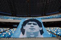 Maradona har hyllats på fotbollsarenor över hela världen sedan han dog i november. Arkivbild.