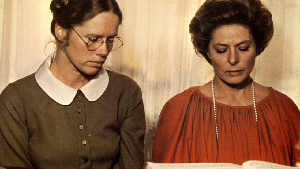 """Liv Ullmann och Ingrid Bergman i Ingmar Bergmans film """"Höstsonaten"""" i en scen där musikens mörkare sidor blir synliga. Nästa vecka får en operaversion av """"Höstsonaten"""", skriven av den finske tonsättaren Sebastian Fagerlund, premiär i Helsingfors. Huvudrollen i denna opera har Anne Sofie von Otter."""