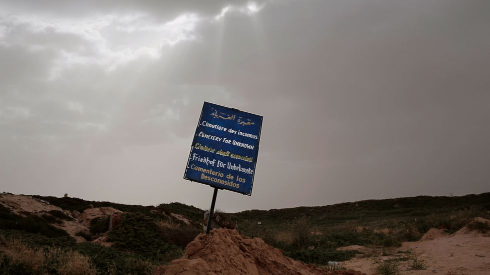 En begravningsplats i Tunisien för okända dödsoffer som har omkommit i förlisningar på Medelhavet. Arkivbild.
