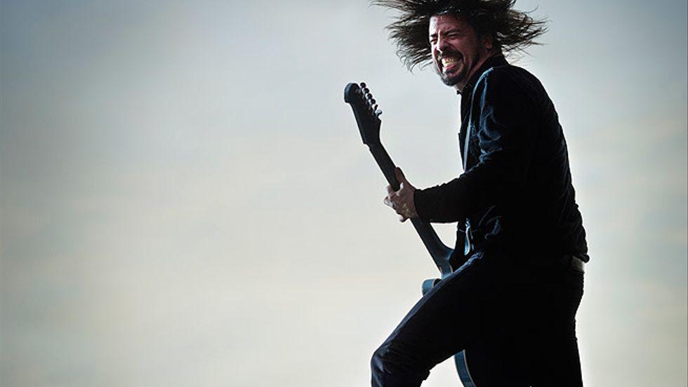 David Grohl rockade loss inför ett fullsatt Stadion.