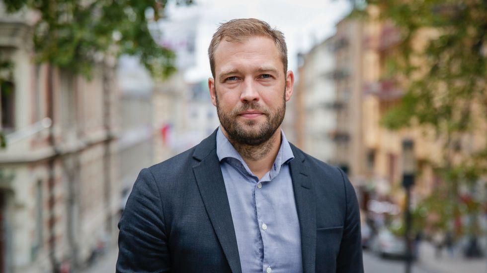 Johan Hassel, Socialdemokraterna.