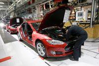 Teslas fabrik i Fremont, Kalifornien. Arkivbild