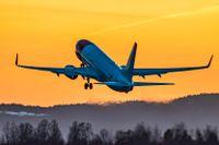 Det krisdrabbade flygbolaget Norwegian ansöker om rekonstruktion i Norge i ett nytt försök att sanera ekonomin.