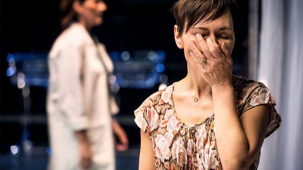 """Jessica Liedberg och Annika Hallin i """"Intensiven""""."""