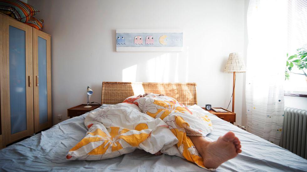 Täcke av, täcka på... Många vittnar om störd nattsömn i övergångsåldern.