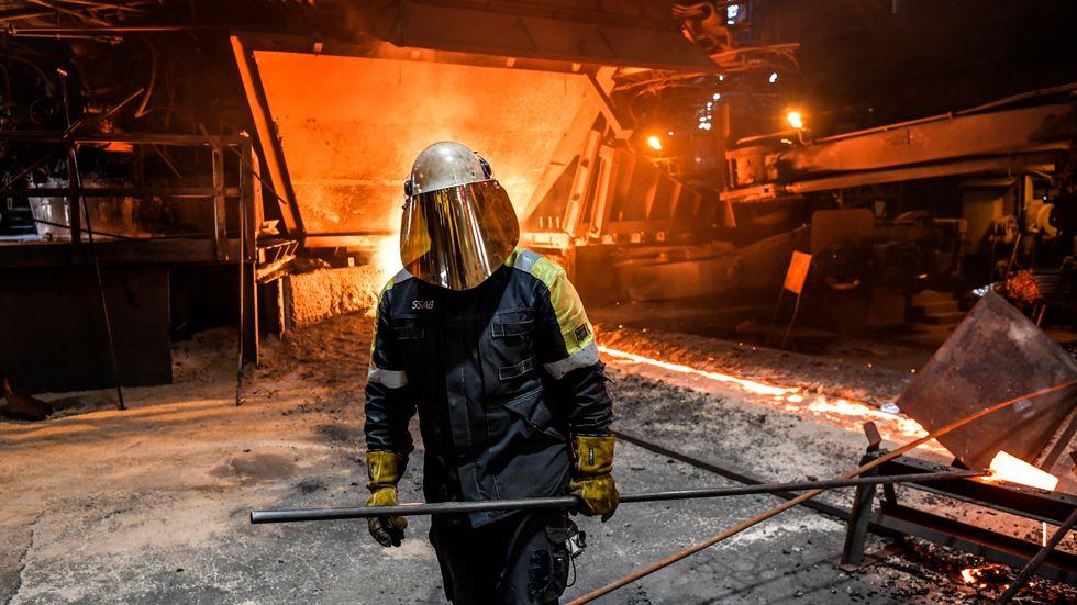 Ståltillverkning i SSAB:s masugn i Oxelösund. Arkivbild.