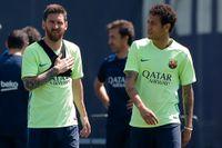 Lionel Messi och Neymar under tiden då båda spelade för Barcelona. Arkivbild.