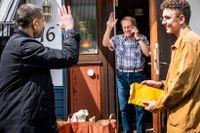 Karl-Evert Svensson är en av dem som fått hjälp av Svenska kyrkan med hemleverans av mat.
