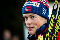 Johannes Høsflot Klæbo har fått en fraktur i ett finger och missat världscuptävlingarna i Falun till helgen. Arkivbild.