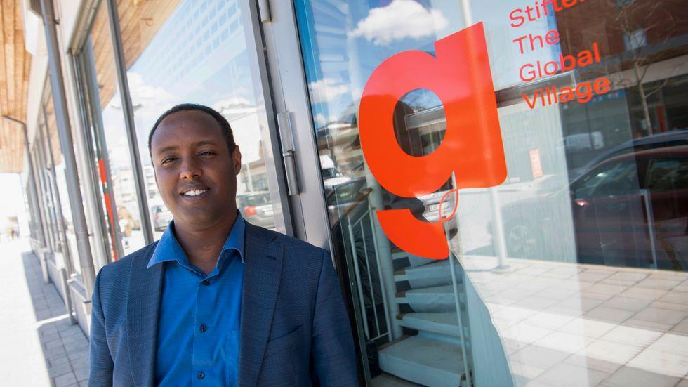 Debattören Ahmed Abdirahman, grundare och vd på stiftelsen The Global Village som arrangerar Järvaveckan.