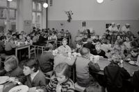 Skolbespisning Hedvig Eleonoras skola 1955.