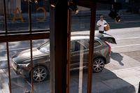 När man använder CarPay Fleet blir kostnaderna  för företagets bilar synliga och förutsägbara – utan överraskningar.