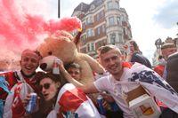 Engelska fotbollsfan har samlats i London inför kvällens final.