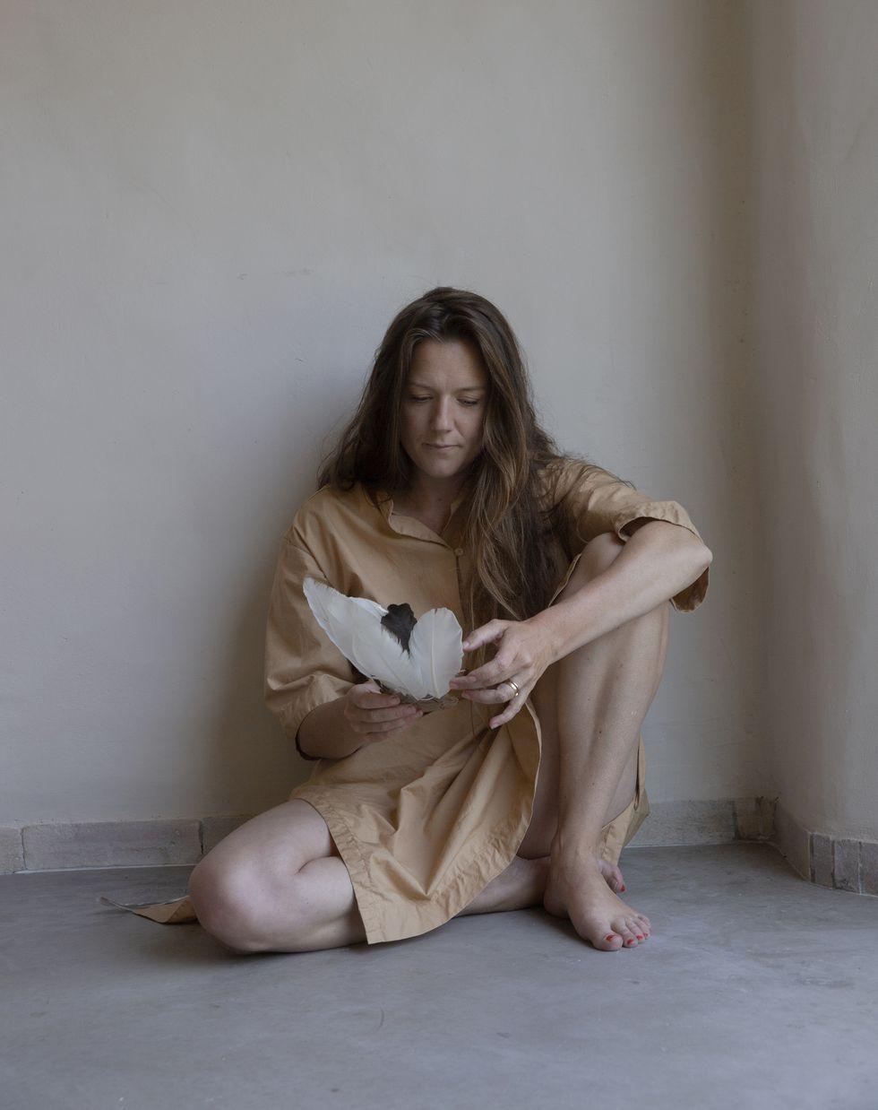 Tove Folkesson, född 1981, är författare. Hon tilldelades SvD:s litteraturpris 2017.