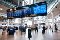 Köpenhamns flygplats kommer att med start nästa vecka skicka hem personal. Runt 1500 personer ser i nuläget ut att permitteras. Arkivbild.