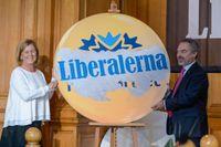 När Liberalerna senast höll landsmöte, 2015 i riksdagen, firade partisekreteraren Maria Arnholm och partiledaren Jan Björklund att partiet bytte namn från Folkpartiet till Liberalerna (Arkivbild)