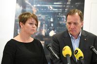 Malmös kommunalråd Katrin Stjernfeldt Jammeh (S) och statsminister Stefan Löfven (S) när regeringen för drygt ett år sedan offentliggjorde att den internationella konferensen mot antisemitism skulle hållas i Malmö i oktober 2020. Nu flyttas konferensen fram ett år på grund av coronapandemin. Arkivbild.
