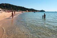 En strand på Sardinien.
