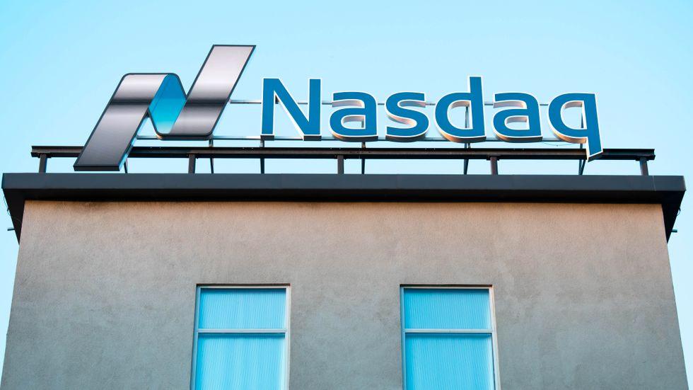 Flera börsnoterade skolföretag rasar på Stockholmsbörsen.