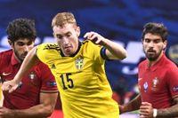 Dejan Kulusevski, här i Nations League-mötet med Portugal, spelade fram till ett mål i debuten för Juventus.