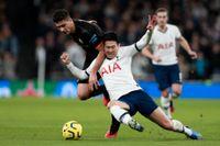 Speloperatören Betsson som bland annat erbjuder spel på fotbollsmatcher har presenterat bokslut. På bilden ett möte mellan Manchester City och Tottenham. Arkivbild.