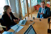 Socialdemokraternas Stefan Löfvén frågas ut av SvD:s Jenny Stiernstedt.