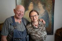 Som konstnärer har Ronny och Katarina Hård väldigt låga ålderspensioner.