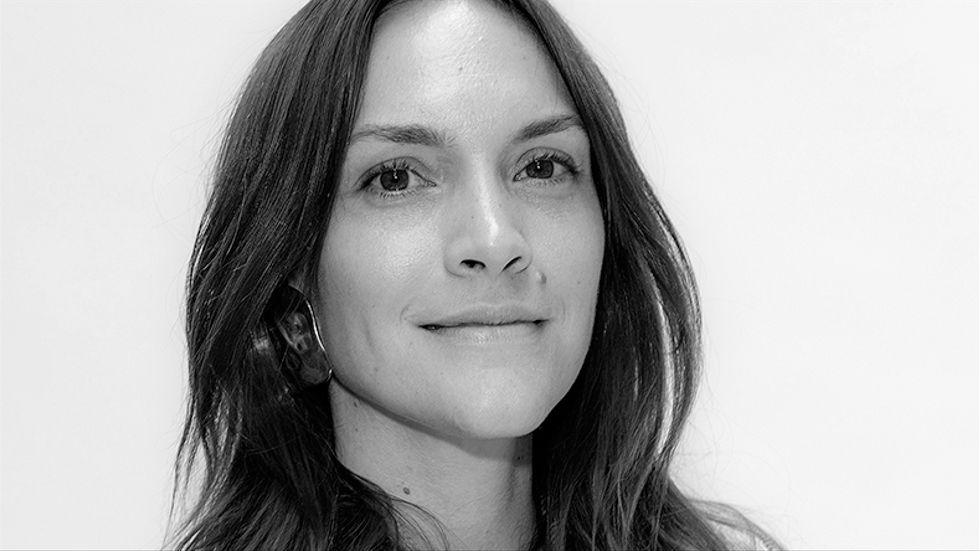 Brita Zackari är programledare och influencer och utsågs till årets influencer på Elle-galan tillsammans med sin poddpartner Parisa Amiri.