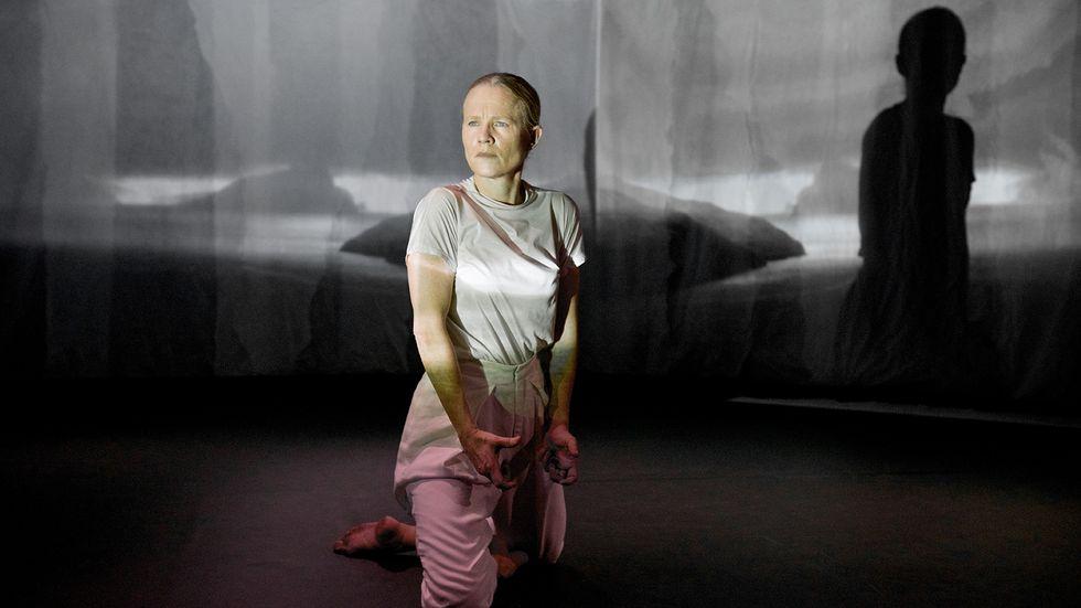 "Helena Franzén i ""Extended"" på Dansmuseet."