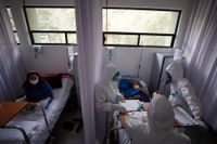 Vårdpersonal i skyddskläder i ett covid-19-sjukhus i Mexico City. Mexiko har över 600000 rapporterade fall av viruset.