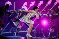 Den amerikanska världsartisten Katy Perry uppträder i Globen på söndagskvällen, som en del i hennes Europaturné.