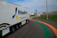 Lastbilar på väg till Storbritannien i Coquelles i norra Frankrike. Arkivfoto.